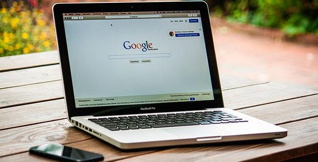 Eliminar reseñas negativas de Google